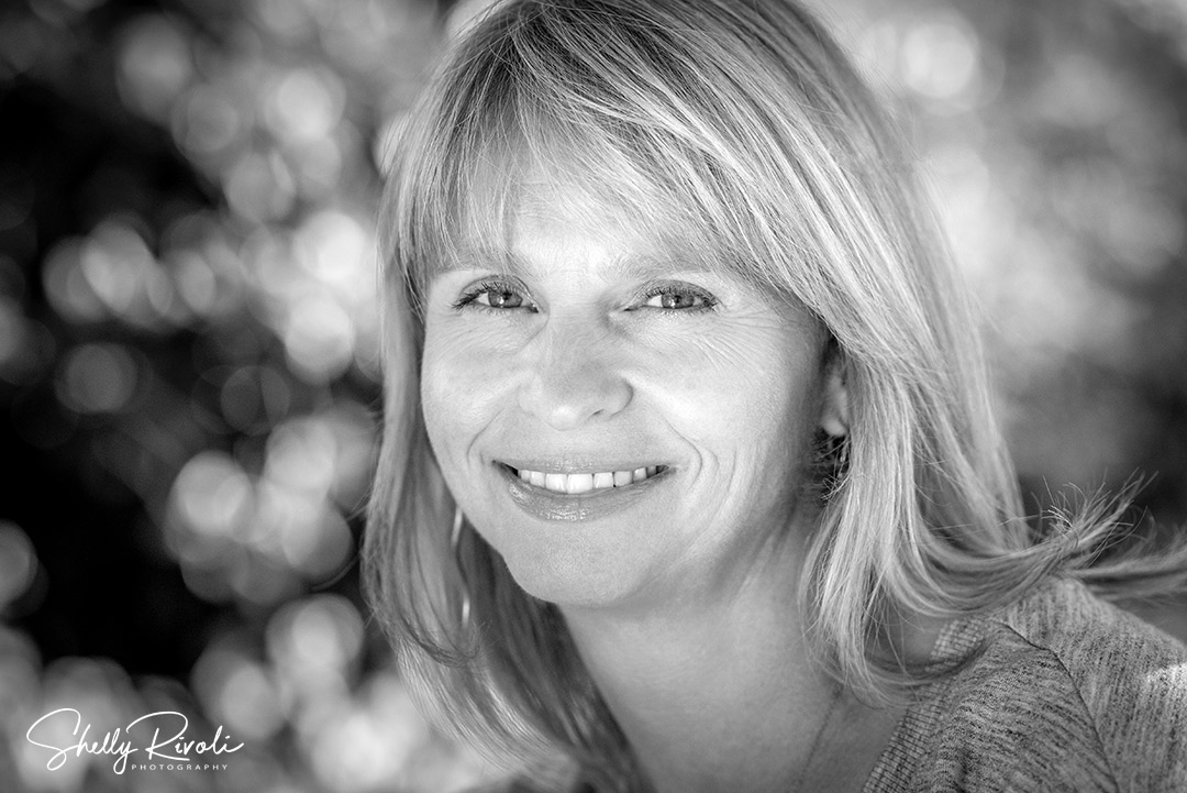black and white professional headshot in the East Bay